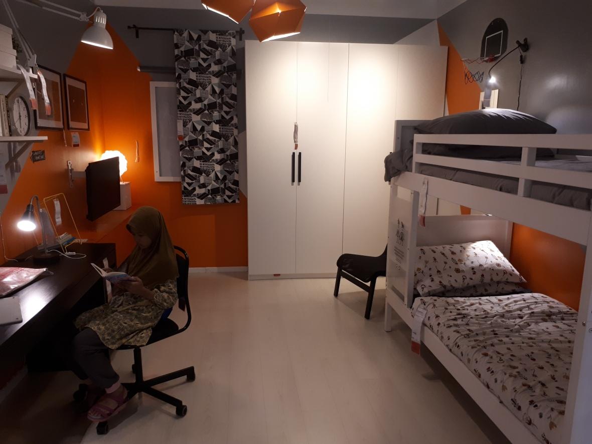 bilik tidur remaja.jpg