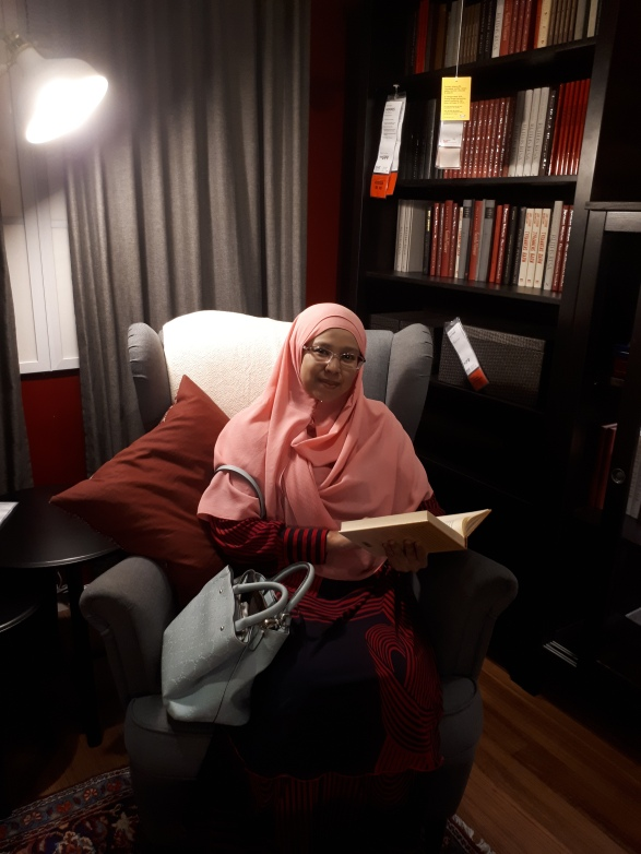 sofa library.jpg